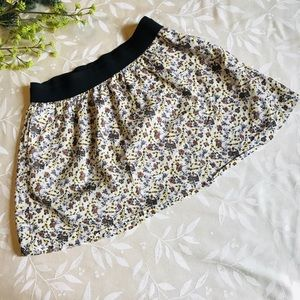 Old Navy Fall Floral Mini Skirt With Pockets